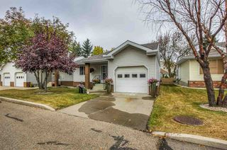 Photo 2: 6 903 109 Street in Edmonton: Zone 16 House Half Duplex for sale : MLS®# E4217883