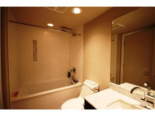 """Photo 7: 1306 7328 ARCOLA Street in Burnaby: Highgate Condo for sale in """"ESPRIT I"""" (Burnaby South)  : MLS®# V934638"""