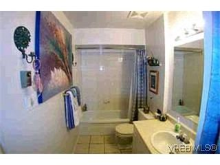 Photo 7: 3 974 Dunford Ave in VICTORIA: La Langford Proper Row/Townhouse for sale (Langford)  : MLS®# 314180