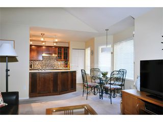 "Photo 6: 149 101 PARKSIDE Drive in Port Moody: Heritage Mountain Townhouse for sale in ""TREETOPS"" : MLS®# V994969"