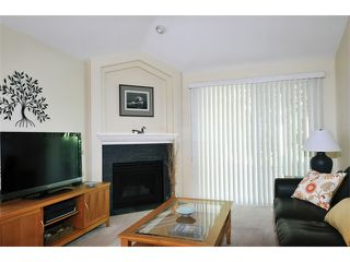 "Photo 5: 149 101 PARKSIDE Drive in Port Moody: Heritage Mountain Townhouse for sale in ""TREETOPS"" : MLS®# V994969"