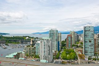 "Main Photo: 3202 583 BEACH Crescent in Vancouver: Yaletown Condo for sale in ""TWO PARKWEST"" (Vancouver West)  : MLS®# V1008812"
