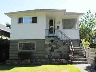 Photo 1: 770 E 22ND Avenue in Vancouver: Fraser VE House for sale (Vancouver East)