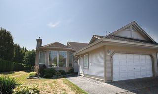 """Photo 1: 81 9025 216TH Street in Langley: Walnut Grove Townhouse for sale in """"COVENTRY WOODS"""" : MLS®# F1421393"""