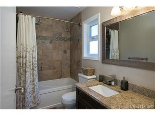 Photo 12: 2725 Cadboro Bay Road in VICTORIA: OB Estevan Single Family Detached for sale (Oak Bay)  : MLS®# 341831
