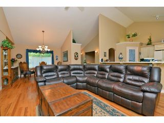 Photo 4: 6677 267TH ST in Langley: County Line Glen Valley House for sale : MLS®# F1424854