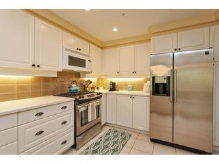 Photo 5: # 402 1725 128TH ST in Surrey: Crescent Bch Ocean Pk. Condo for sale (South Surrey White Rock)  : MLS®# F1441077