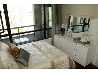 Photo 3: # 2210 909 MAINLAND ST in Vancouver: Yaletown Condo for sale (Vancouver West)  : MLS®# V1129575