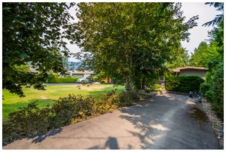 Photo 5: 689 Viel Road in Sorrento: Lakefront House for sale : MLS®# 10102875