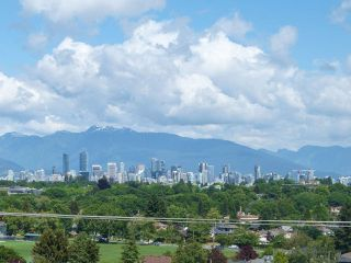 Photo 1: 3736 QUESNEL DRIVE in Vancouver: Arbutus House for sale (Vancouver West)  : MLS®# R2074584