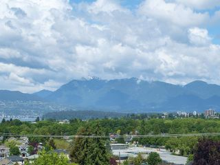 Photo 2: 3736 QUESNEL DRIVE in Vancouver: Arbutus House for sale (Vancouver West)  : MLS®# R2074584