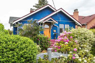 Photo 1: 211 Sixth Avenue in New Westminster: GlenBrooke North House for sale