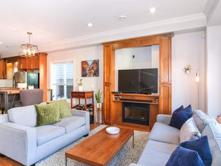 Photo 1: 2151 TRIUMPH Street in Vancouver: Hastings Sunrise House 1/2 Duplex for sale (Vancouver East)  : MLS®# R2412946