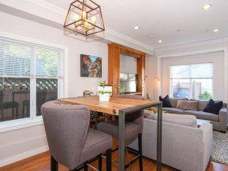 Photo 6: 2151 TRIUMPH Street in Vancouver: Hastings Sunrise House 1/2 Duplex for sale (Vancouver East)  : MLS®# R2412946