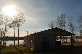Photo 1: 23 POINT Road: 70 Mile House Manufactured Home for sale (100 Mile House (Zone 10))  : MLS®# R2449236