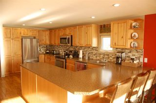 Photo 3: 23 POINT Road: 70 Mile House Manufactured Home for sale (100 Mile House (Zone 10))  : MLS®# R2449236