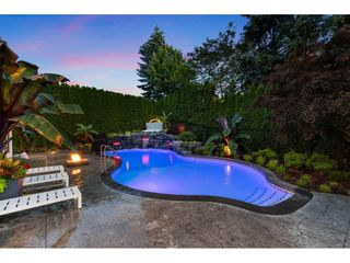 "Photo 17: 3415 CANTERBURY Drive in Surrey: Morgan Creek House for sale in ""MORGAN CREEK"" (South Surrey White Rock)  : MLS®# R2473403"