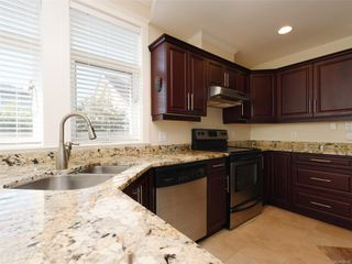 Photo 11: 2377 OAKVILLE Ave in Sidney: Si Sidney South-East House for sale : MLS®# 839345