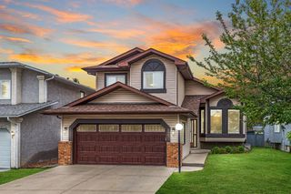 Main Photo: 245 SANDERLING Rise NW in Calgary: Sandstone Valley Detached for sale : MLS®# A1034557
