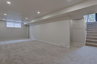 Photo 17: 7135 7 Street SW in Calgary: Kingsland Detached for sale : MLS®# A1035440