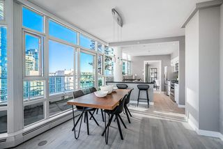 Photo 4: 1702 189 DAVIE STREET in Vancouver: Yaletown Condo for sale (Vancouver West)  : MLS®# R2504054