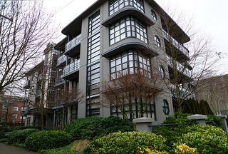 Main Photo: # 304 2828 YEW ST in Vancouver: Kitsilano Condo for sale (Vancouver West)  : MLS®# V1044071