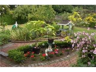Photo 8:  in VICTORIA: SE Cordova Bay House for sale (Saanich East)  : MLS®# 446111