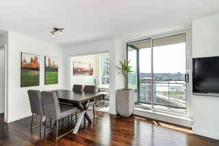 Photo 3: 2206 33 Smithe Street in Vancouver: Yaletown Condo for sale (Vancouver West)  : MLS®# V1090861