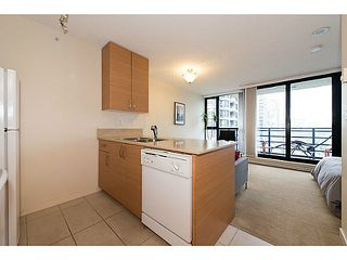 Photo 8: # 2308 909 MAINLAND ST in Vancouver: Yaletown Condo for sale (Vancouver West)  : MLS®# V1098506