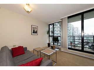 Photo 2: # 2308 909 MAINLAND ST in Vancouver: Yaletown Condo for sale (Vancouver West)  : MLS®# V1098506