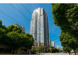 Photo 3: # 2308 909 MAINLAND ST in Vancouver: Yaletown Condo for sale (Vancouver West)  : MLS®# V1098506