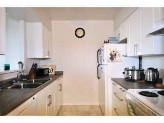 Photo 2: # 305 11980 222ND ST in Maple Ridge: West Central Condo for sale : MLS®# V1107039