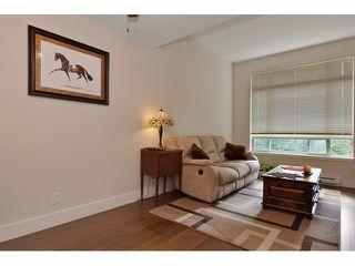 Photo 3: #425 - 2233 McKenzie St. in Abbotsford: Central Abbotsford Condo for sale : MLS®# F1436039