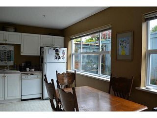 Photo 6: 17 5740 MARINE WAY in Sechelt: Sechelt District Townhouse for sale (Sunshine Coast)  : MLS®# V1118432