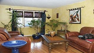 Photo 3: 2144 LAURELWOOD Dr in : 1018 - WC Wedgewood Creek FRH for sale (Oakville)  : MLS®# OM1057624