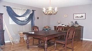 Photo 4: 2144 LAURELWOOD Dr in : 1018 - WC Wedgewood Creek FRH for sale (Oakville)  : MLS®# OM1057624