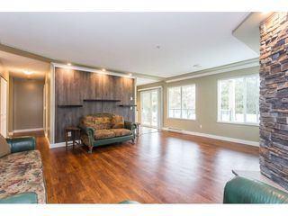 """Photo 10: 208 20433 53 Avenue in Langley: Langley City Condo for sale in """"Countryside Estates"""" : MLS®# R2388310"""