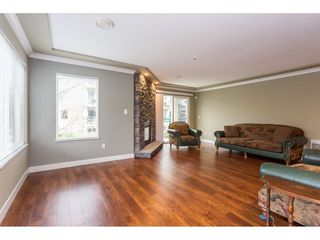 """Photo 9: 208 20433 53 Avenue in Langley: Langley City Condo for sale in """"Countryside Estates"""" : MLS®# R2388310"""