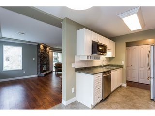 """Photo 5: 208 20433 53 Avenue in Langley: Langley City Condo for sale in """"Countryside Estates"""" : MLS®# R2388310"""