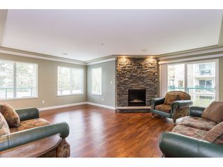"""Photo 8: 208 20433 53 Avenue in Langley: Langley City Condo for sale in """"Countryside Estates"""" : MLS®# R2388310"""