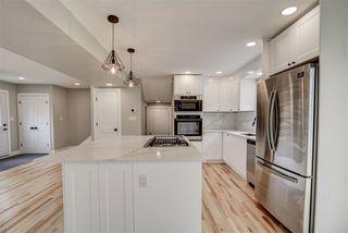 Photo 9: 8219 101 Avenue in Edmonton: Zone 19 House for sale : MLS®# E4168621