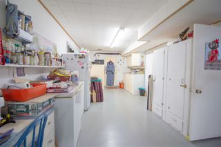 Photo 14: 5610 OCEAN Avenue in Sechelt: Sechelt District House for sale (Sunshine Coast)  : MLS®# R2398476