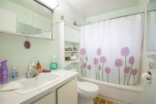 Photo 8: 5610 OCEAN Avenue in Sechelt: Sechelt District House for sale (Sunshine Coast)  : MLS®# R2398476