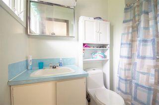 Photo 11: 5610 OCEAN Avenue in Sechelt: Sechelt District House for sale (Sunshine Coast)  : MLS®# R2398476