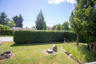 Photo 16: 5610 OCEAN Avenue in Sechelt: Sechelt District House for sale (Sunshine Coast)  : MLS®# R2398476
