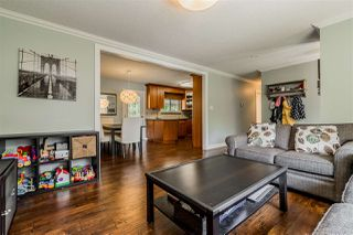 Photo 4: 20867 52A Avenue in Langley: Langley City House for sale : MLS®# R2401414