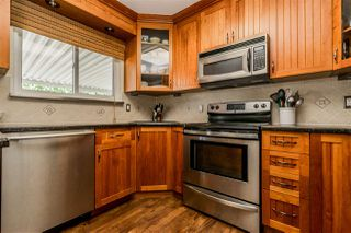 Photo 9: 20867 52A Avenue in Langley: Langley City House for sale : MLS®# R2401414