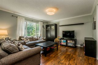 Photo 2: 20867 52A Avenue in Langley: Langley City House for sale : MLS®# R2401414