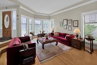 Photo 5: 1127 164A Street in Surrey: King George Corridor House for sale (South Surrey White Rock)  : MLS®# R2403055