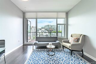 "Photo 8: 703 123 W 1 Avenue in Vancouver: False Creek Condo for sale in ""Compass"" (Vancouver West)  : MLS®# R2404404"